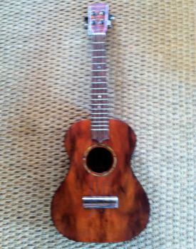 hawaiian-koa-wood-tenar-ukulele